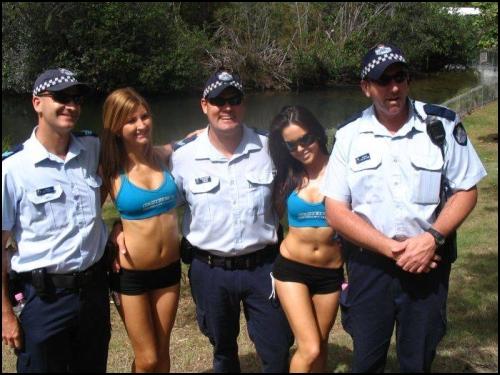 policia-04-mar-04